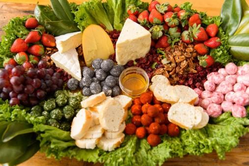 800x800_1368817893652-cheese-tray