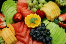 deli-fruit-platter