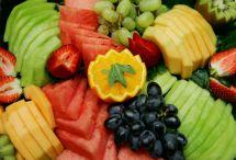 deli-fruit-platter